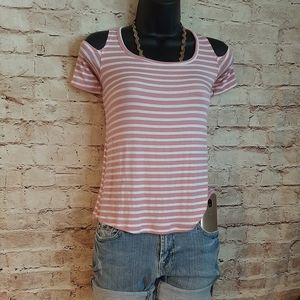 🆕 Pink/White stripped shoulder-less t-shirt